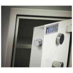 Dudley Harlech Lite S2 Fire Security Safe Size 00 - Close Up
